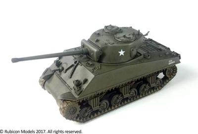 M4A3 / M4A3E8 Sherman (1/56)