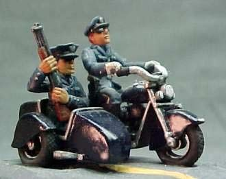 Motorcycle Cops (2 cycles,1w/sidecar)