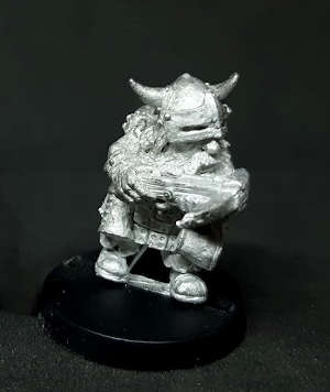 Dwarf shooter with crossbow (1)