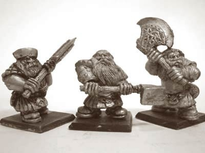 Zwergen Krieger mit Zweihandwaffen II