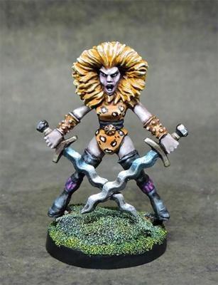 Female Chaos Raider