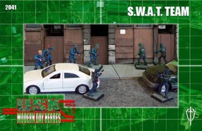 SWAT Team (10)