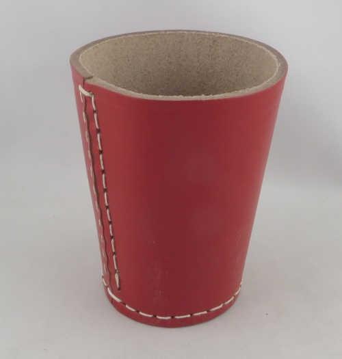 Dice Cup - Würfelbecher Leder ROT