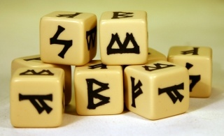 SAGA Dice - Viking (8)