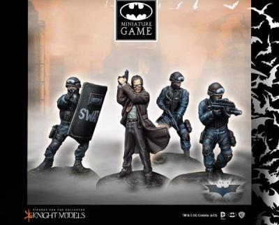 Commissioner Gordon & SWAT Team (4)