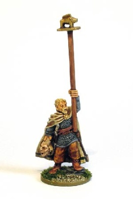 Celt Army Standard Bearer (1)