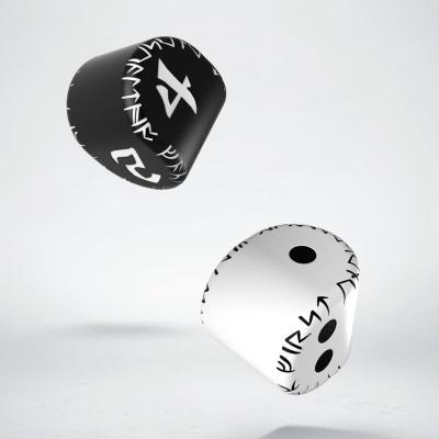 D2&D4 Runic Dice: 1x White&black D2 + 1x Black&white D4 (2)