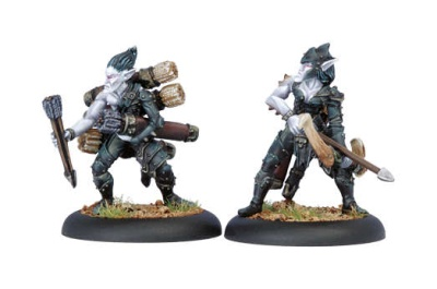 Legion of Everblight Blight Archer & Ammo Porter