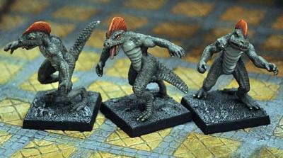 Troglodytes, unarmed