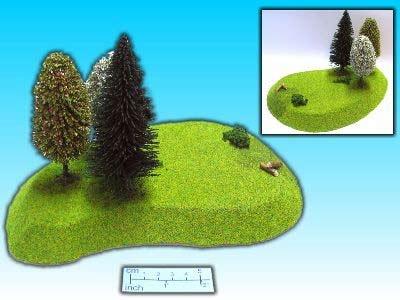 Hügel 1 mit Bäumen