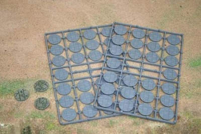 25mm Paved Effect Bases (52)