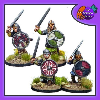 Shieldmaiden Hearthguard with Swords (4)