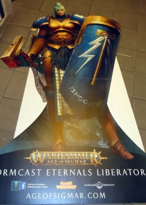 AOS: Stormcast Eternals Pappaufsteller