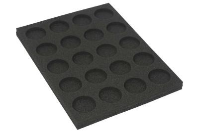 Schaumstoff für 40mm Basen (1)