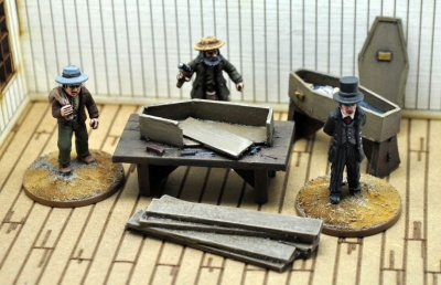 Dead Man's Hand Civilian Undertaker's Figure Set (3)
