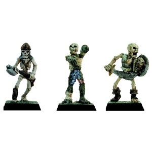 Skelette und Mumie (3)