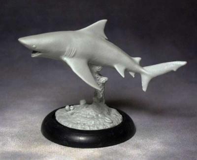 Gray Whaler Shark (turning)